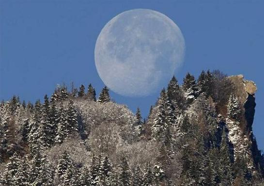 moon1_18112008_4