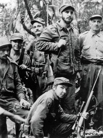 FILE-CUBA-REVOLUTION-50TH ANNIVERSARY-CASTRO-RAUL-CHE